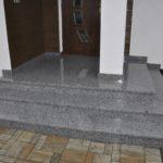 Bianco Sardo schody płomieniowane antypoślizgowe
