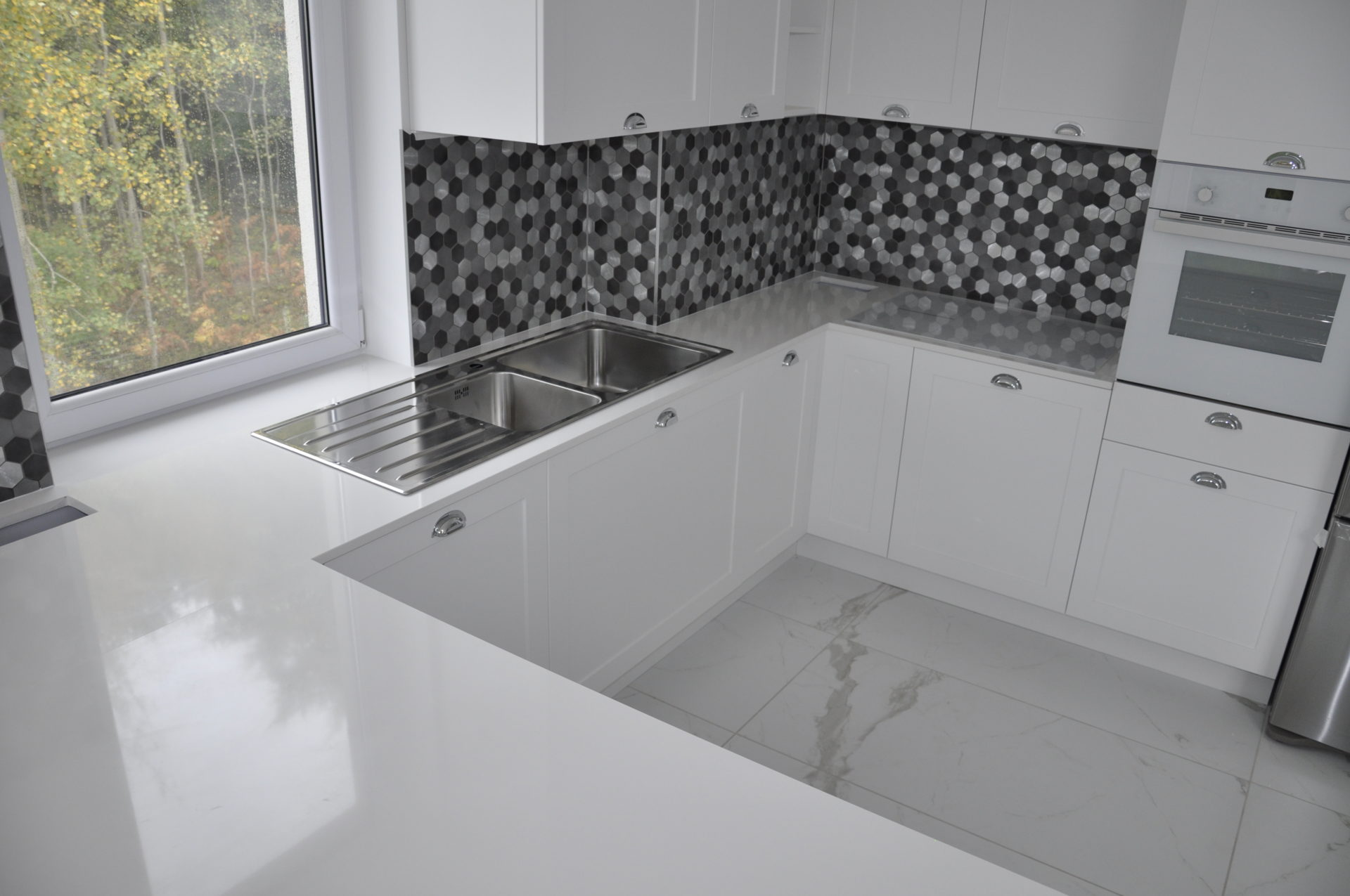 Konglomerat kwarcowy Biały Cool White 2cm PS Granit Gdynia