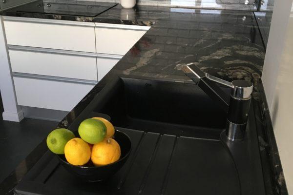 Blaty kuchenne z kamienia