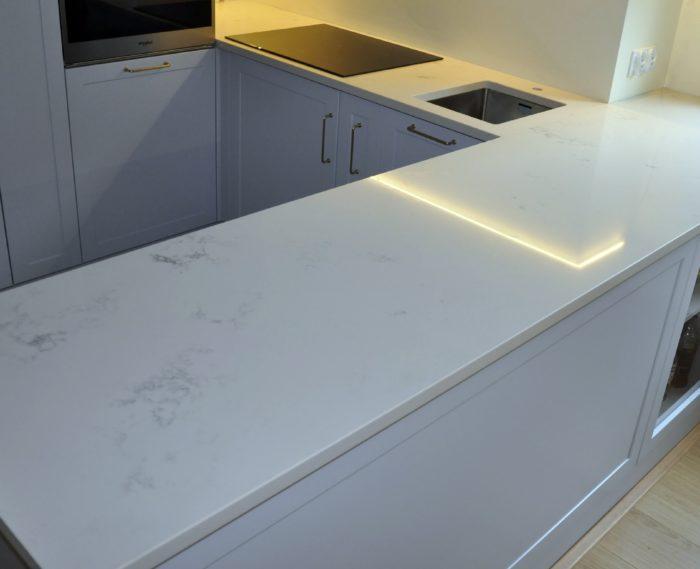 Carraral 3cm poler PSGranit