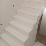 Białe schody z kwarcogranitu Cool White 3cm