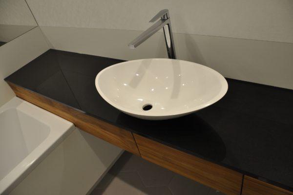 Blat łazienkowy czarny Jet Black 2cm PSGranit