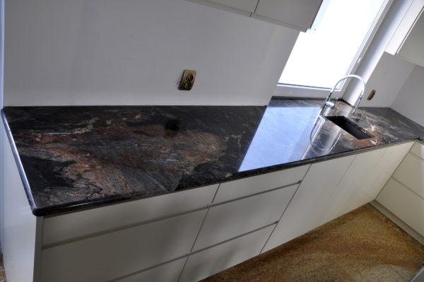Donna Grey 3cm poler blaty do kuchni z kamienia
