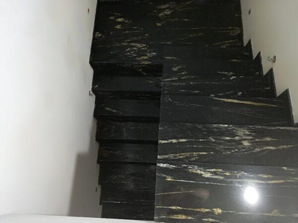 Cosmic Black schody kamienne czarne