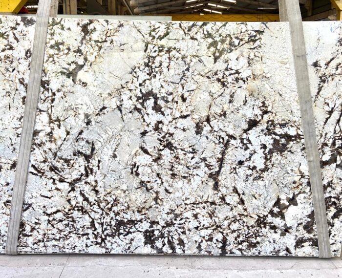 Silver_Crystal_PSGRANIT-Kamień_na_blaty_do_kuchni